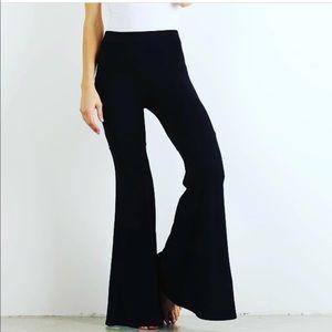 Hem & Thread Pants - Knit Black Flare Pants, L